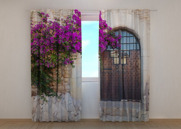 Pimendav kardin Purple Bush and Old Door ED-137854